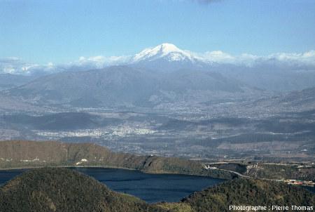 Environnement morphologique de la caldeira de Cuicocha, Équateur