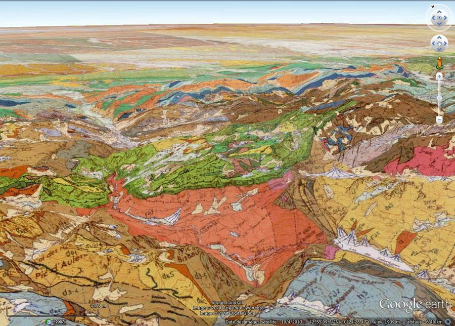 """Vue """"géologique"""" éloignée du versant Sud-Ouest du massif du Pic de Ger"""