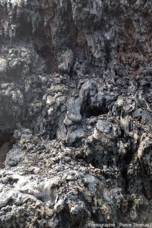 Vue détaillée du rempart interne du spatter cone ci-dessus, Hawaï