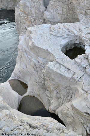 """Trois """"étages"""" de marmites, cascade du Sautadet"""