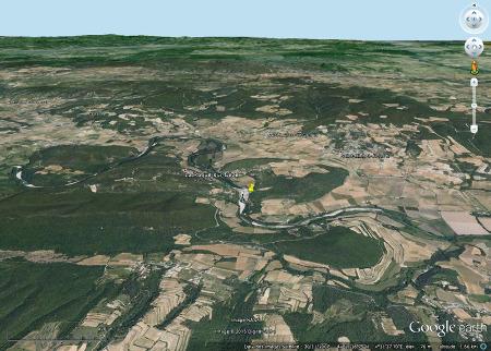 Vue globale sur le secteur de la cascade du Sautadet (punaise jaune)
