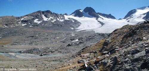 On approche du glacier de Saint Sorlin