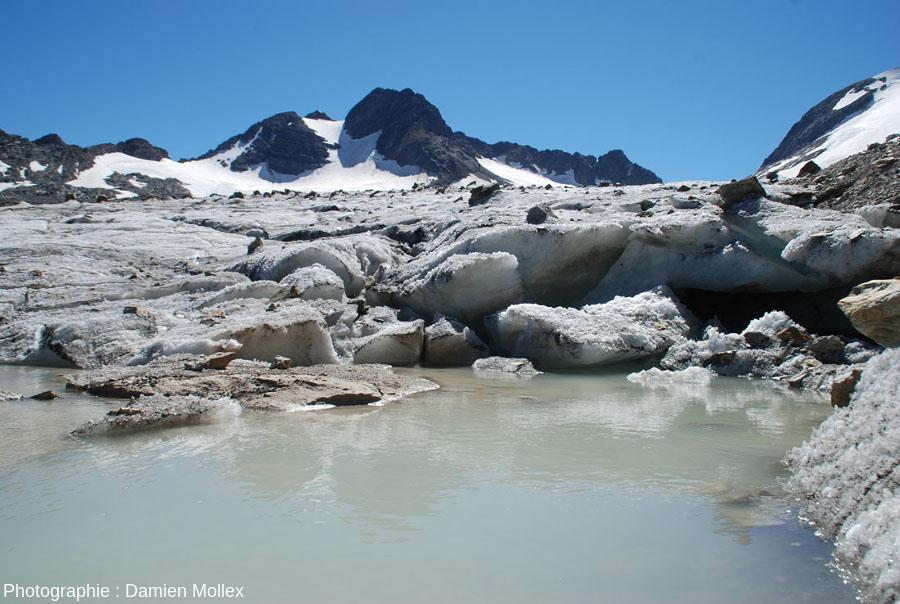 Le front du glacier de Saint Sorlin, là où il arrive dans le petit lac au pied de sa rive gauche, 13 septembre 2014