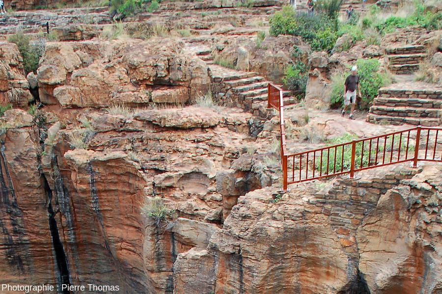 Le chemin permettant de visiter les Bourke's Luck Potholes, canyon de la Blyde River, Afrique du Sud