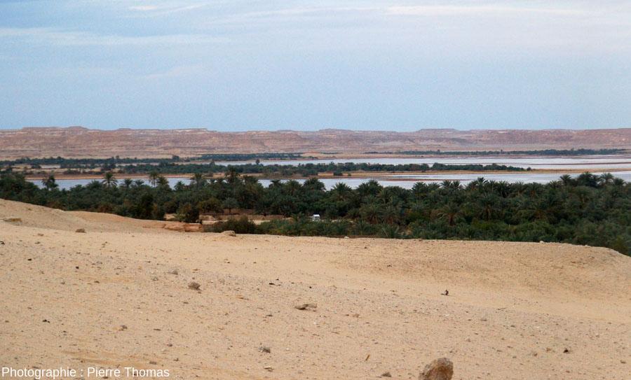 Cadre morphologique du lac occidental de l'oasis de Siwa, Égypte
