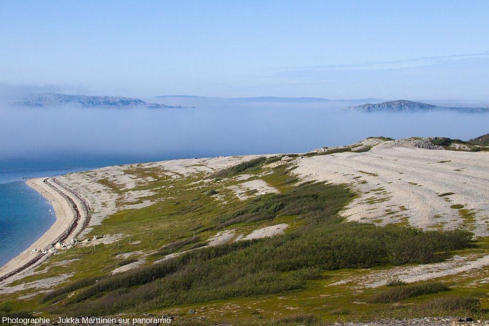 Plage soulevée à Porsanger (Norvège), au Nord de la Scandinavie