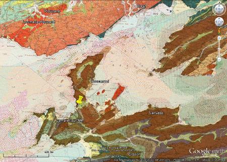 Contexte géologique de la plage de Trez-Rouz (punaise jaune), Crozon (Finistère)