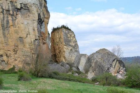 Vue, depuis le Sud, sur les principaux blocs éboulés, Couzon au Mont d'Or