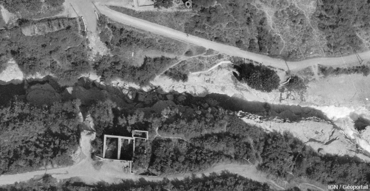Zoom centré sur les pertes du Rhône sensu stricto