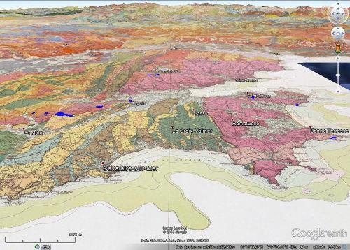 Carte géologique de la région de Cogolin – Saint Tropez montrant les affleurements de basalte (10 sont représentés), sur-colorés en bleu pour en augmenter la visibilité