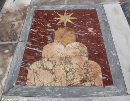 Pavement à décor de marbres colorés, basilique Saint Jean de Latran