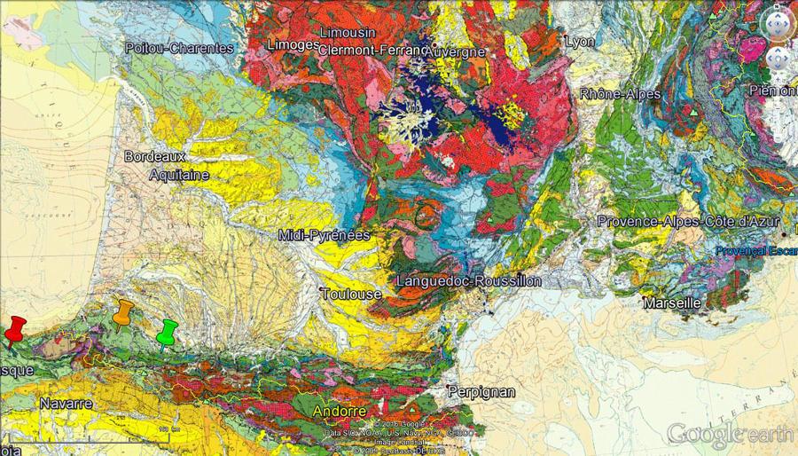 Localisation sur la carte géologique de France au 1/1000000 des affleurements du synclinal de Bilbao (punaise rouge), ainsi que des deux affleurements français de Saint-Palais (punaise orange) et d'Oloron-Sainte Marie (punaise verte)