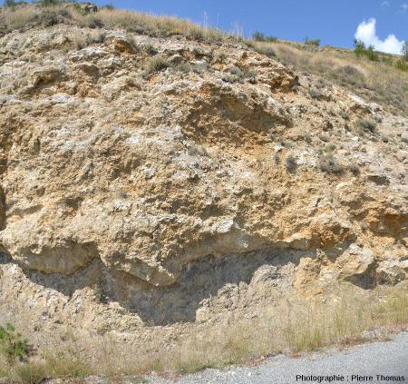 Base du diapir de gypse triasique sur les marnes noires jurassiques, Lazer (Hautes Alpes)