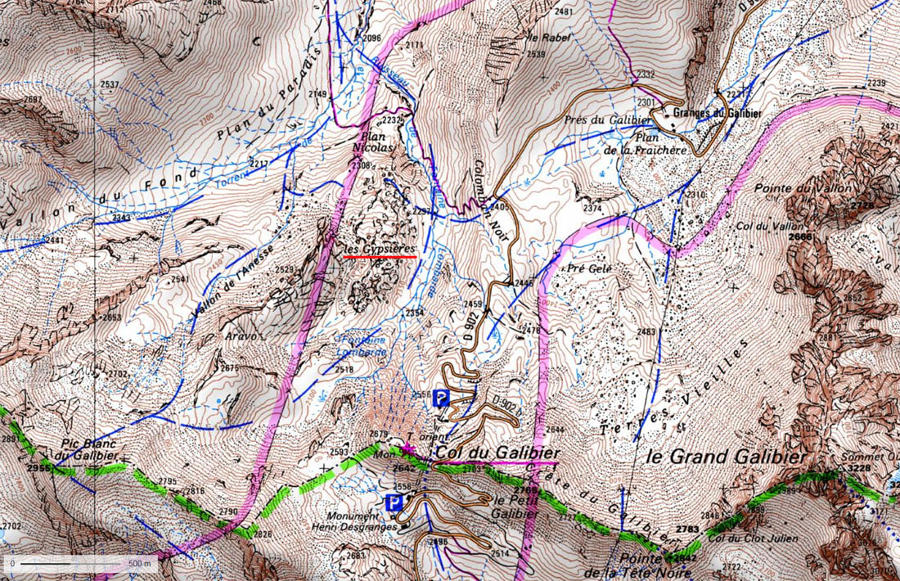 Localisation des Gypsières (soulignées en rouge) au pied Nord du Col du Galibier (Savoie)