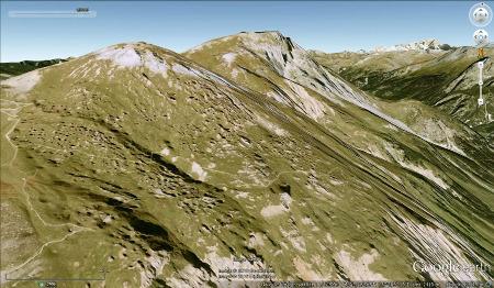 Entonnoirs de dissolution dans du gypse triasique près du Petit Mont Blanc, au-dessus de Pralognan-la-Vanoise
