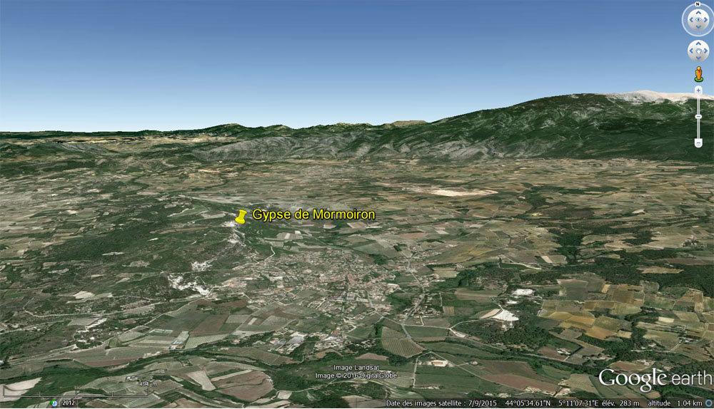 Vue aérienne des environs de l'affleurement où ont été prises les photos présentées ci-dessus