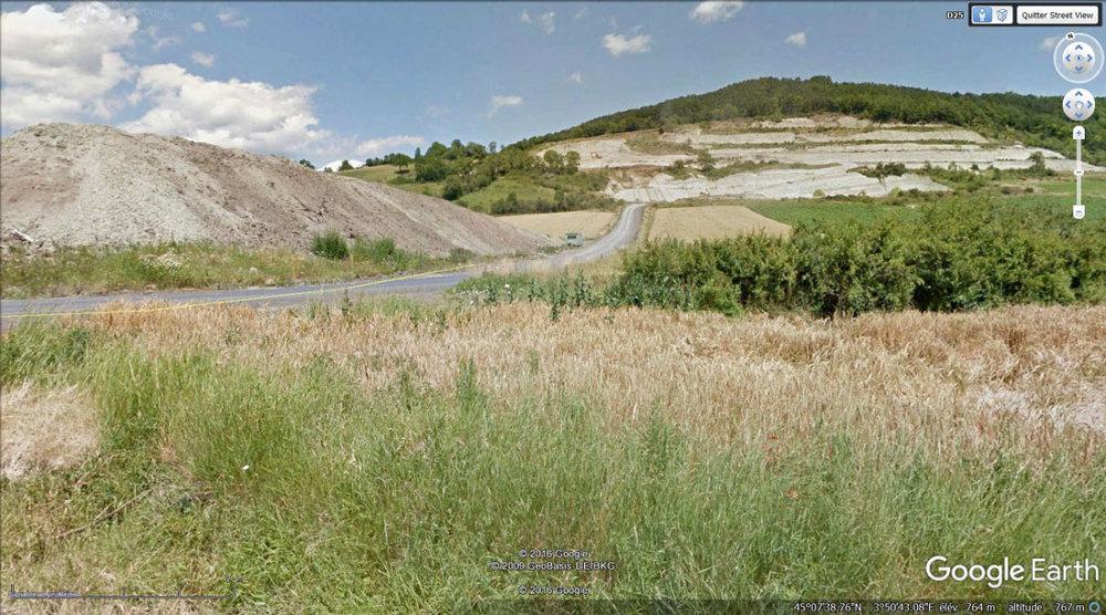 Vue sur les carrières d'argiles de Saint Paulien (Haute Loire)