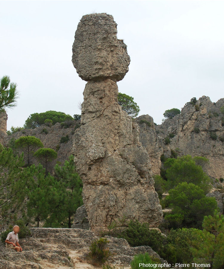 Pinacle dolomitique dans le cirque de Mourèze, Hérault