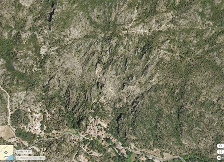 Image aérienne du cirque de Mourèze, Hérault
