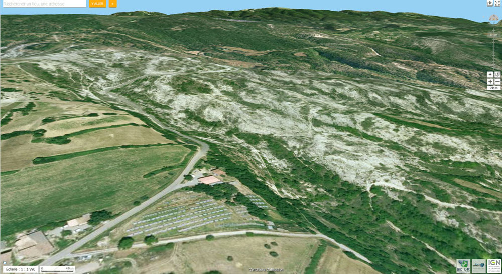 Vue aérienne du secteur des Mourres, Forcalquier (Alpes de Haute Provence)