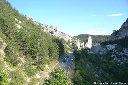 La branche aval de l'éboulement de Claps (Luc en Diois, Drôme), vue depuis l'Ouest