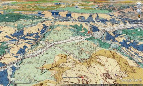 """Vue """"géologique"""" de la barre tithonique à l'origine du Claps (punaise rouge), près de la terminaison périclinale du synclinal Est-Ouest de Lesches-en-Diois"""