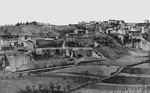 Vieille carte postale du début du XXème siècle montrant la partie Sud du vallon des Gorges, vu depuis l'Est