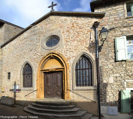 Façade de la chapelle de Saint-Fortunat, rue Victor Hugo