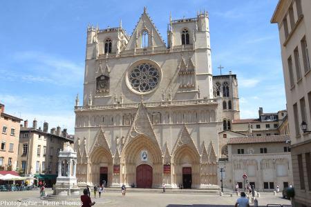Façade Ouest de la cathédrale Saint-Jean de Lyon