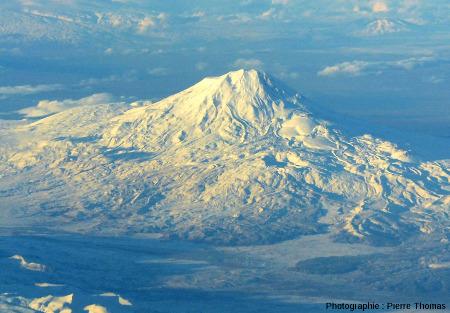 Vue centrée sur le Grand Ararat