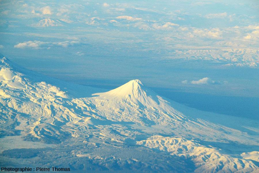Vue globale du petit Ararat