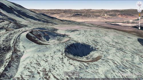 Deux probables maars phréatomagmatiques sur le flanc NNO du Grand Ararat