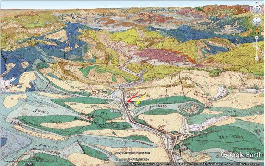 Vue aérienne géologique des anticlinaux de Saint-Julien-en-Beauchêne, en direction du Nord