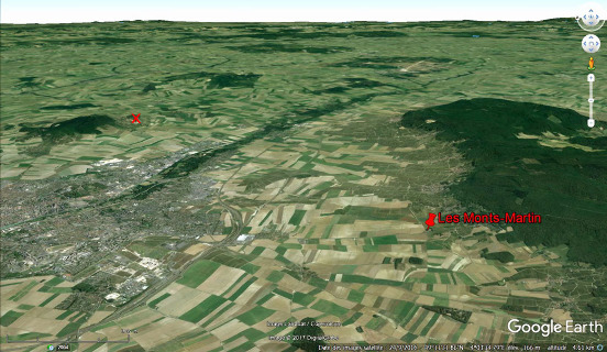 Vue aérienne montrant le Sud de l'agglomération rémoise (à gauche)