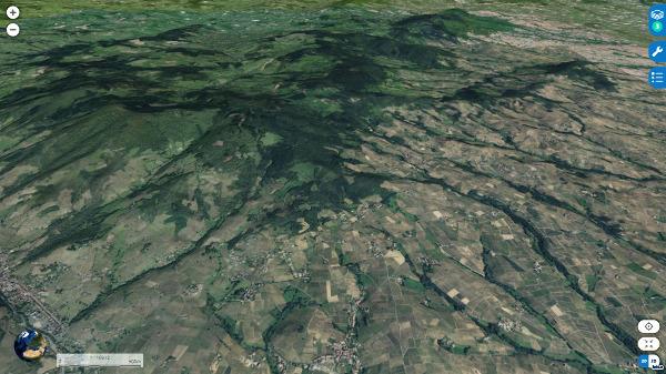 Vue aérienne oblique localisant les filons minéralisés de Lantignié, que l'on peut trouver en se promenant dans les forêts au milieu de l'image