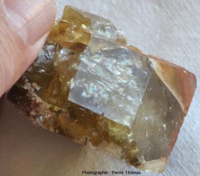 Troisième cristal de barytine provenant de la Côte d'Abot, commune de Saint Saturnin, Puy de Dôme