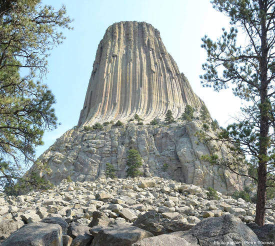 Face Sud-Ouest de la Tour du Diable,Devils Tower, Wyoming, USA