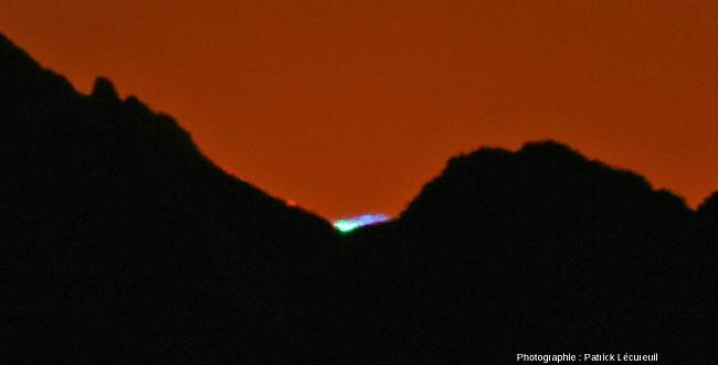 Rayon bleu vu du Pic du Midi de Bigorre (Haute Pyrénées) en octobre 2010