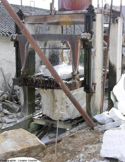 Découpe de marbre de Dali, province du Yunnan, Chine