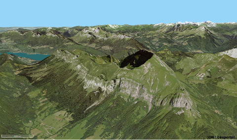 Vue aérienne du Trélod (Haute Savoie), réglée pour couvrir approximativement le même champ et avec la même orientation que la vue d'avion ci-dessus