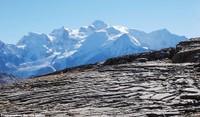 Le Désert de Platé (Haute Savoie), un lapiaz face au Mont Blanc et riche en fossiles