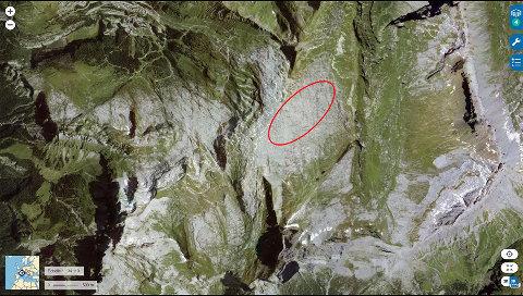Localisation du secteur du Désert de Platé (ellipse rouge) où ont été prises toutes les photos ci-dessus, sur vue aérienne