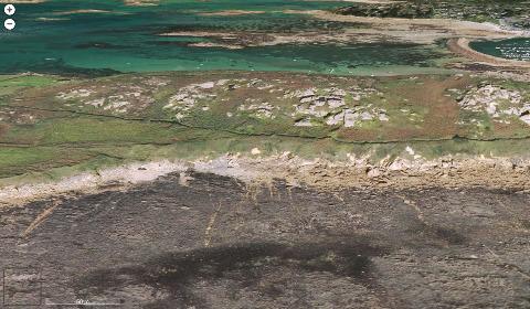 Vue aérienne de la côte Sud de l'ile Millau, Trébeurden, Côtes d'Armor