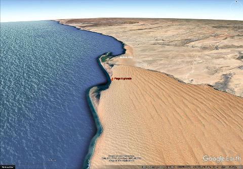 Vue aérienne du champ de dunes au Sud de Walvis Bay, Namibie