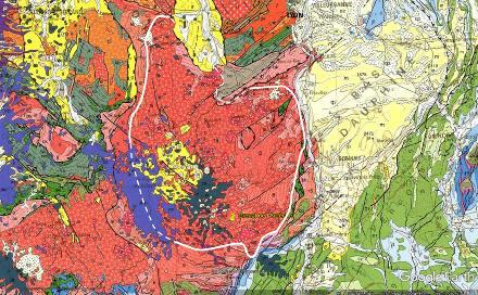 """Extrait de la carte géologique de la France centré sur le massif granitique du Velay (noté """"18"""" et entouré, ici, d'une ligne blanche)"""
