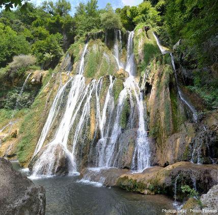 La cascade de Glandieu, Brégnier-Cordon et Saint-Benoit (Ain)