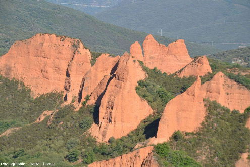Zoom sur le site de Las Medulas, vu depuis le Mirador d'Orellan
