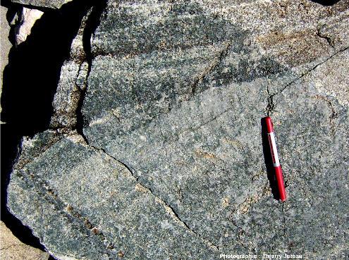 Stratifications entrecroisées dans les gabbros lités des ophiolites d'Antalya, Turquie