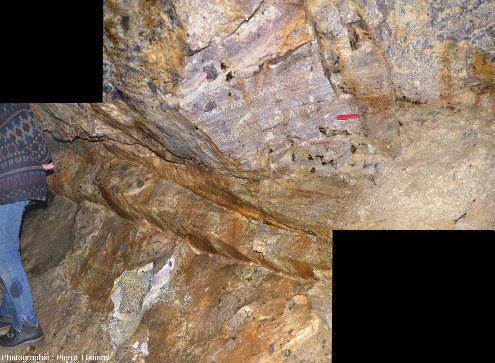 Aplo-pegmatite litée à lépidolite, vue générale, vers Ambazac (Haute-Vienne)