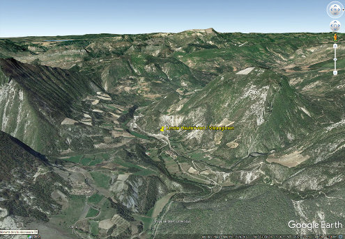 Vue aérienne localisant la coupe de La Charce (Drôme), à la limite Valanginien / Hauterivien